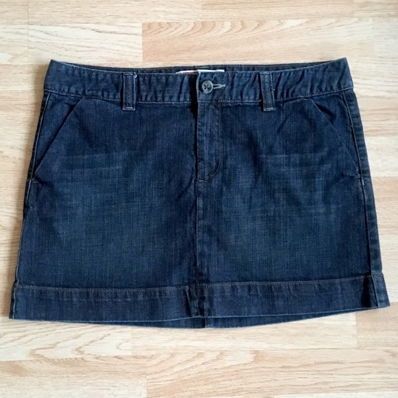 GAP Dresses & Skirts - GAP Dark Wash Denim Short / Mini Skirt Plus Size